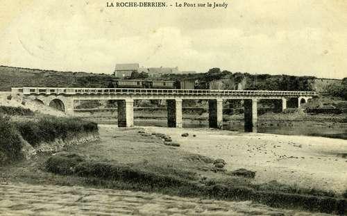 pont-sur-le-jaudy-autref.jpg