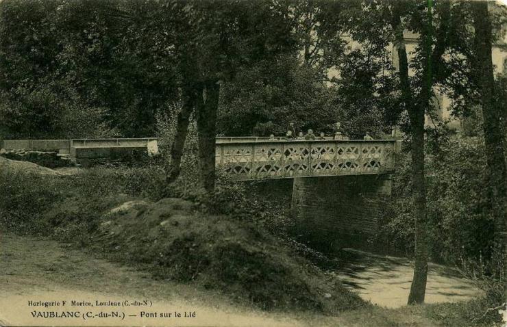 pont-sur-le-lie2.jpg