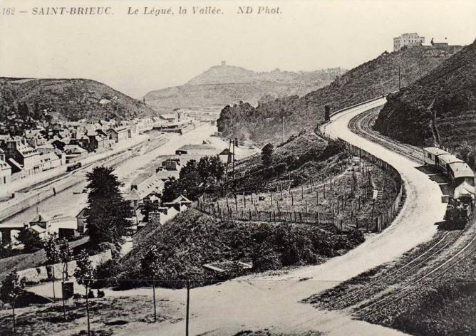 vallee-legue-1.jpg